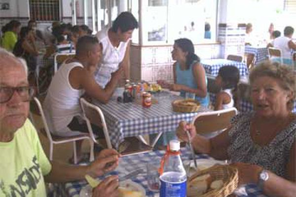 verano-2007-70601C582-FADB-1080-F89D-85C09875F952.jpg